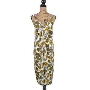 Zawary Clothing Floral Dress Size Small NWT
